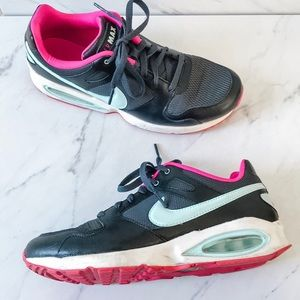 Nike Air Max Black and Hot Pink Sneakers 10